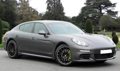 Porsche Panamere Sports Car Hire